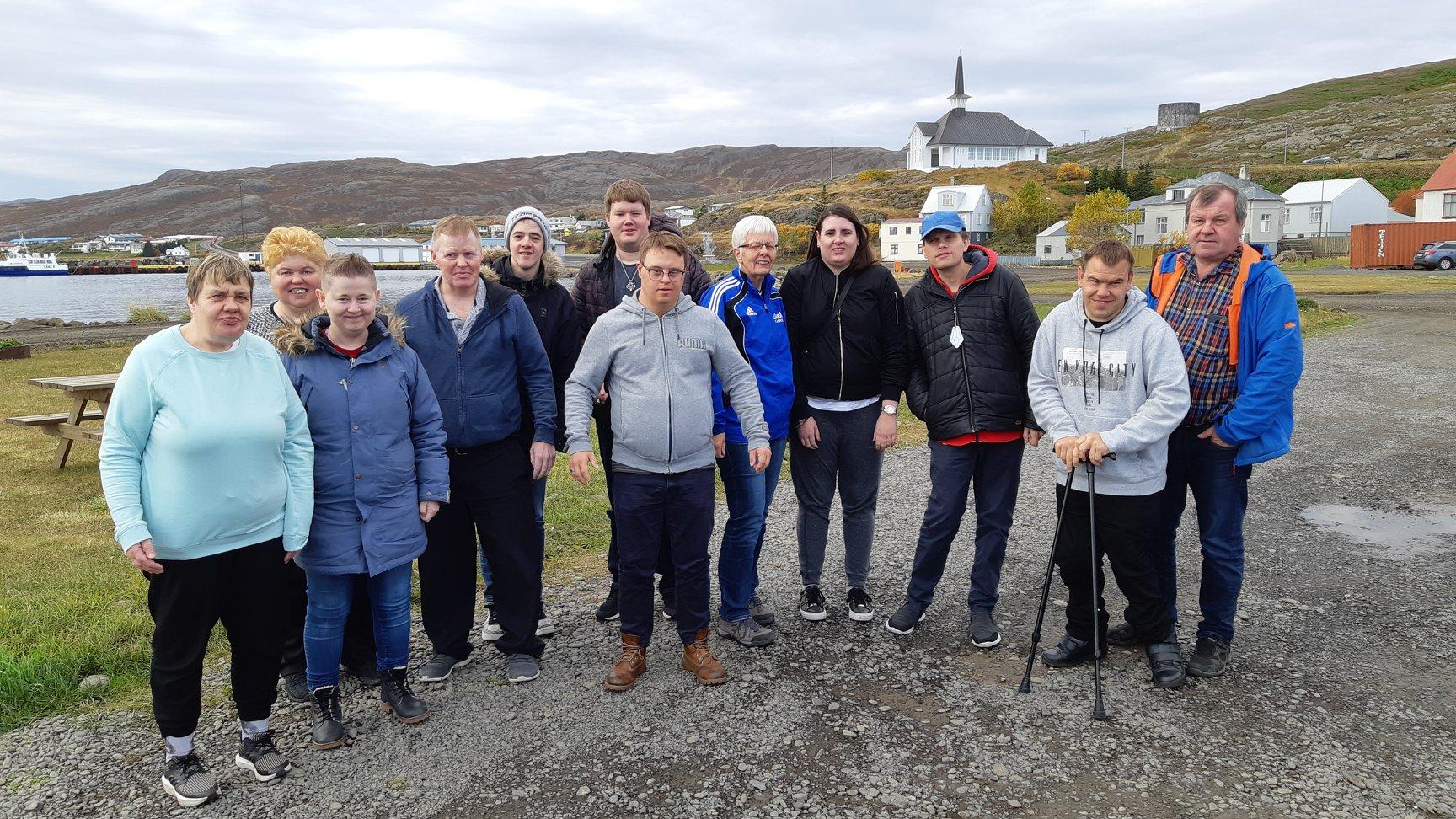 Keppendur Fjarðar ásamt Völu þjálfara og Guðlaugi pabba Dodda